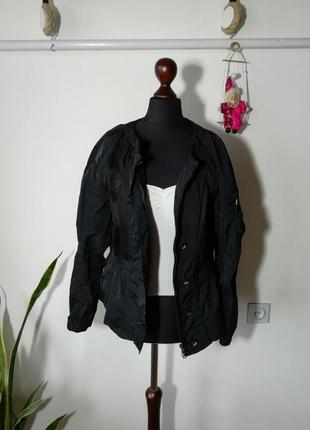 Стильная дишащая куртка marc cain