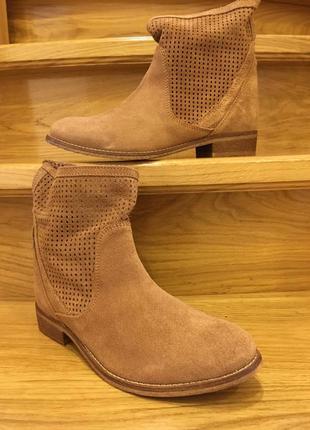 Замшеві черевички andre р -39