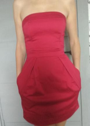 Коктейльное платье. стильное платье. эффектное платье. платье футляр. сарафан