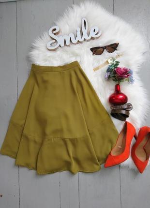 Актуальная сатиновая юбка асимметричного покроя оливкового цвета №2max
