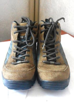 Замшевые спортивные ботинки / высокие кроссовки hi-tec, р.38 код n3837