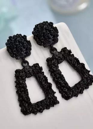 Серьги мини в стиле zara зара черные геометрия сережки винтаж3 фото
