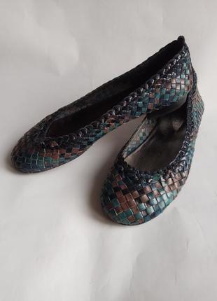 Кожаные туфли балетки мокасины globus