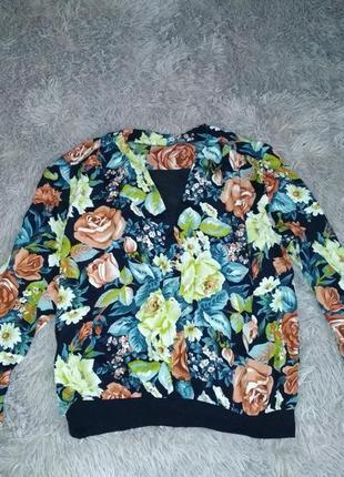 Блуза в цветочный принт