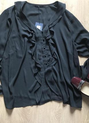 Чёрная блуза с воланами и пуговицами 20-22 размер большой