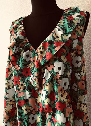 Красивая лётная блуза с рюшей от george