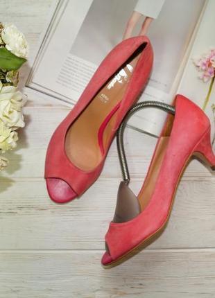Bata! замша/кожа! нежные открытые туфли на удобном каблучке