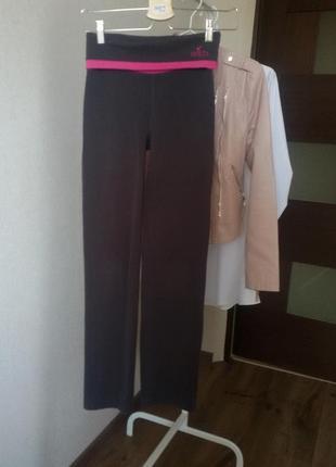 Спортивные штанишки 146 /152 см