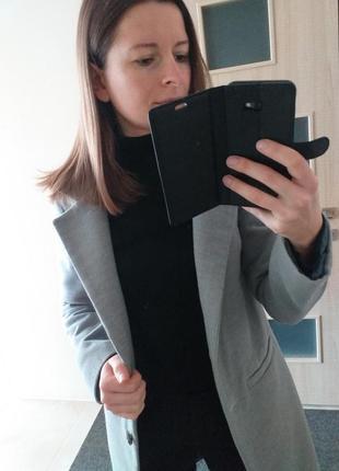 Стильное шерстяное пепельное пальто шерсть ангора пепельного цвета4 фото