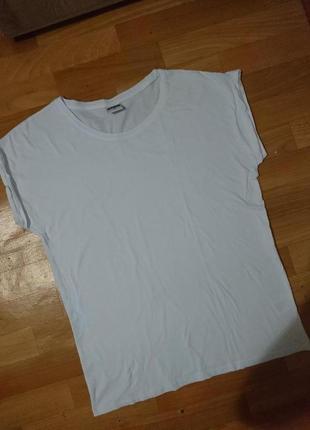 Белая футболка-укороченый рукав