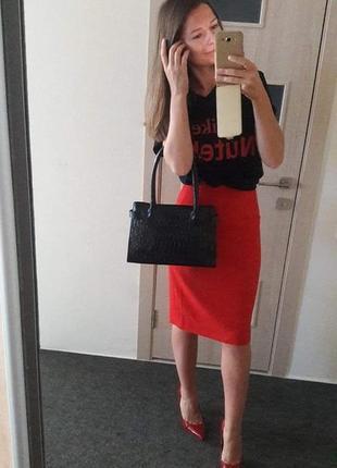 Шерстяная красная юбка миди с тонкой шерсти шерсть
