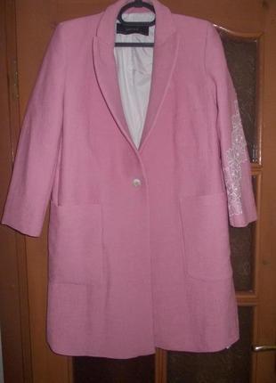В наличии модное пальто, фирма zara