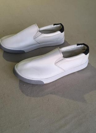 Распродажа ! белые легкие кеды из кожзама