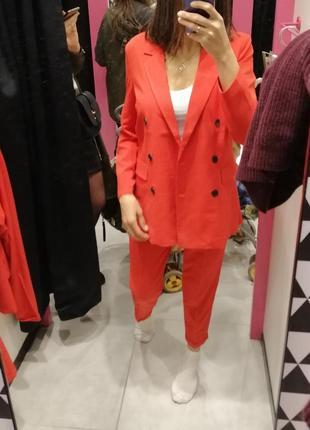 Красный брючный костюм скидка только 3 дня!!!!!4 фото