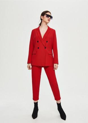 Красный брючный костюм скидка только 3 дня!!!!!1 фото