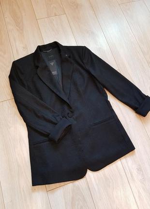 Женский пиджак guess. новый