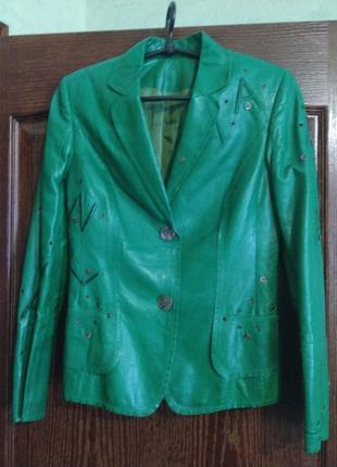 Пиджак из итальянской кожи