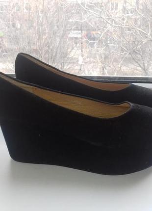 Туфли на платформе 39