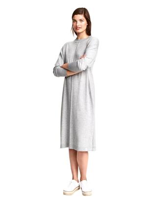 Стильное трендовое платье в большом размере от h&m