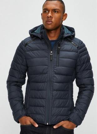 Нова куртка s.oliver