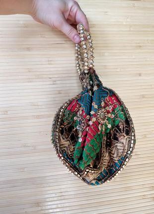 Индийская сумочка клатч с вышивкой2