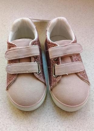 Кроссовки на липучках4 фото