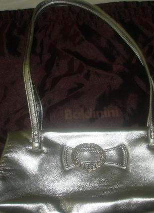 Вечерняя серебристая сумка от baldinini