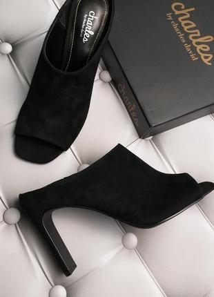 Charles david оригинал стильные черные замшевые мюли босоножки бренд из сша