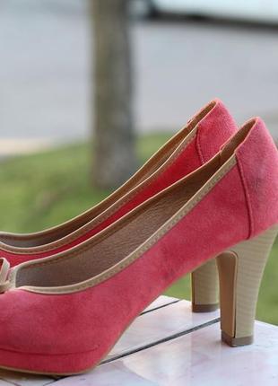 Стильные туфельки 39-40