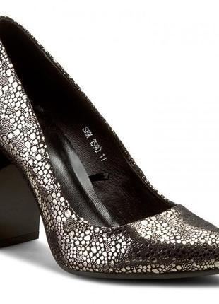 Туфлі quazi