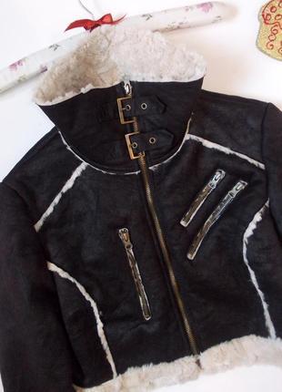 Стильная короткая дубленка с мехом укороченная куртка теплая