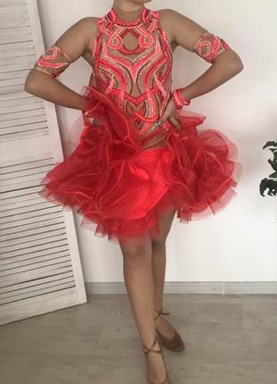 Платье на девочку 12-14 лет для бальных танцев(латино)