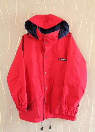 Красочная мужская куртка berghaus
