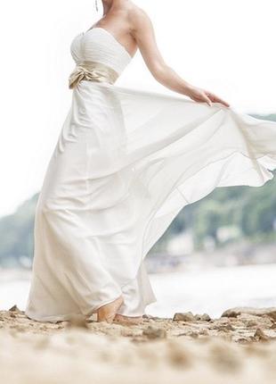 Свадебное платье с атласным бантом цвета кофе с молоком
