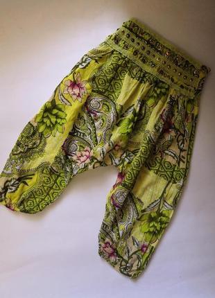 Летние лёгкие штанишки-бриджи на 6-8 лет