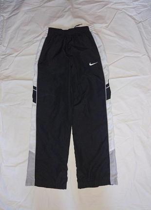 Спортивные штаны 12-13 лет ,nike оригинал,в идеале