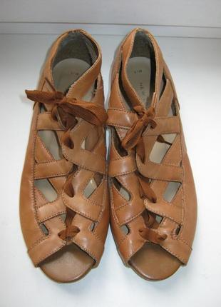Туфли new look, 100% натуральная кожа, длина по стельке-24см
