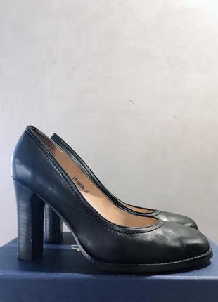 Туфли лодочки. натуральная кожа