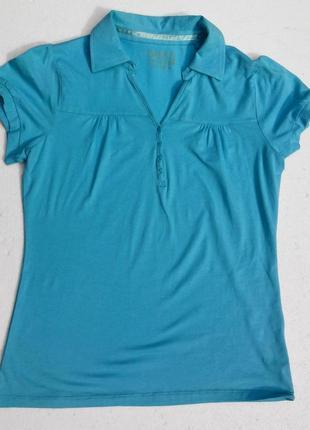 Трикотажная, мятная блуза, тенниска с застёжкой поло.