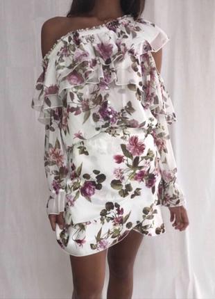 Шифоновый костюм цветочный принт