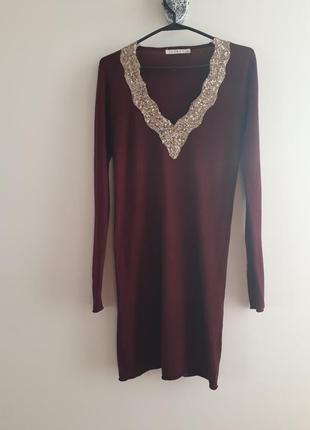 Трикотажное платье туника  цвет марсала в паетки