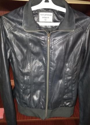 Куртка terranova черная размер xl