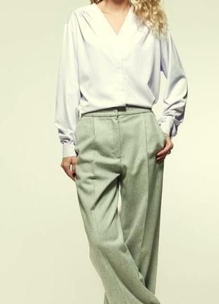 Новые шерстяные( 100 % pure new wool) брюки с отворотиками оттенка мяты высокая талия m&s
