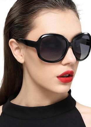 Очки солнцезащитные, стильные черные