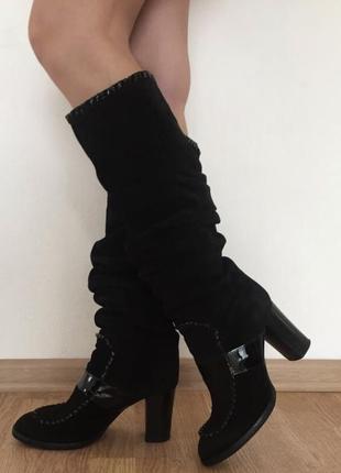 Замшевые кожаные сапоги
