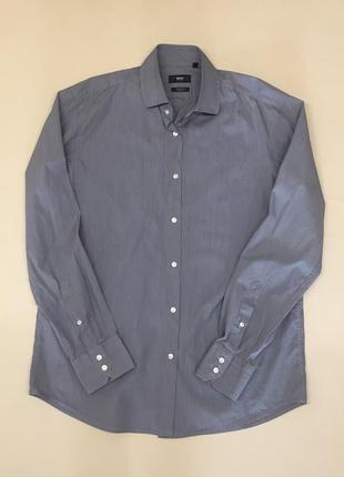 Мужская рубашка hugo boss. оригинал..