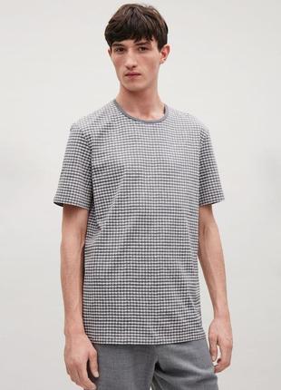 Серая мужская футболка cos