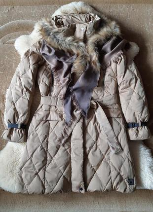 Женское пальто пуховик  weekend от max mara