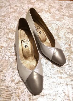 Шикарные итальянские женские туфли, р. 37,5
