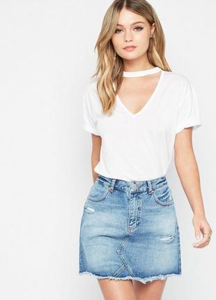 Крутая стильная джинсовая юбка с порезами на высокой посадке от miss selfridge2 фото